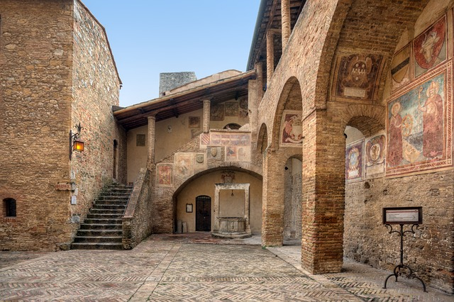 FIVE FUN FACTS ABOUT SAN GIMIGNANO